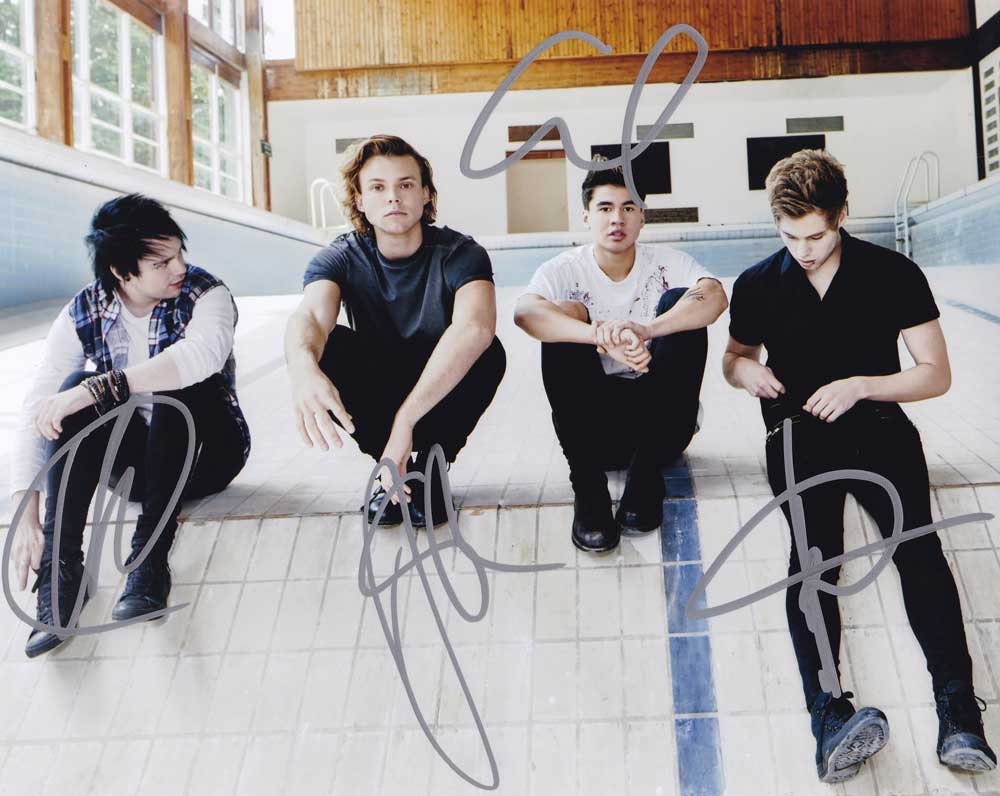 5 Seconds of Summer In-person Autographed Group Photo