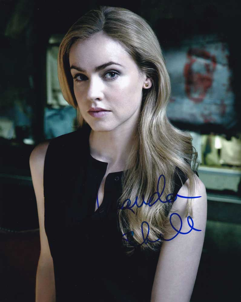 Amanda Schull in-person autographed photo