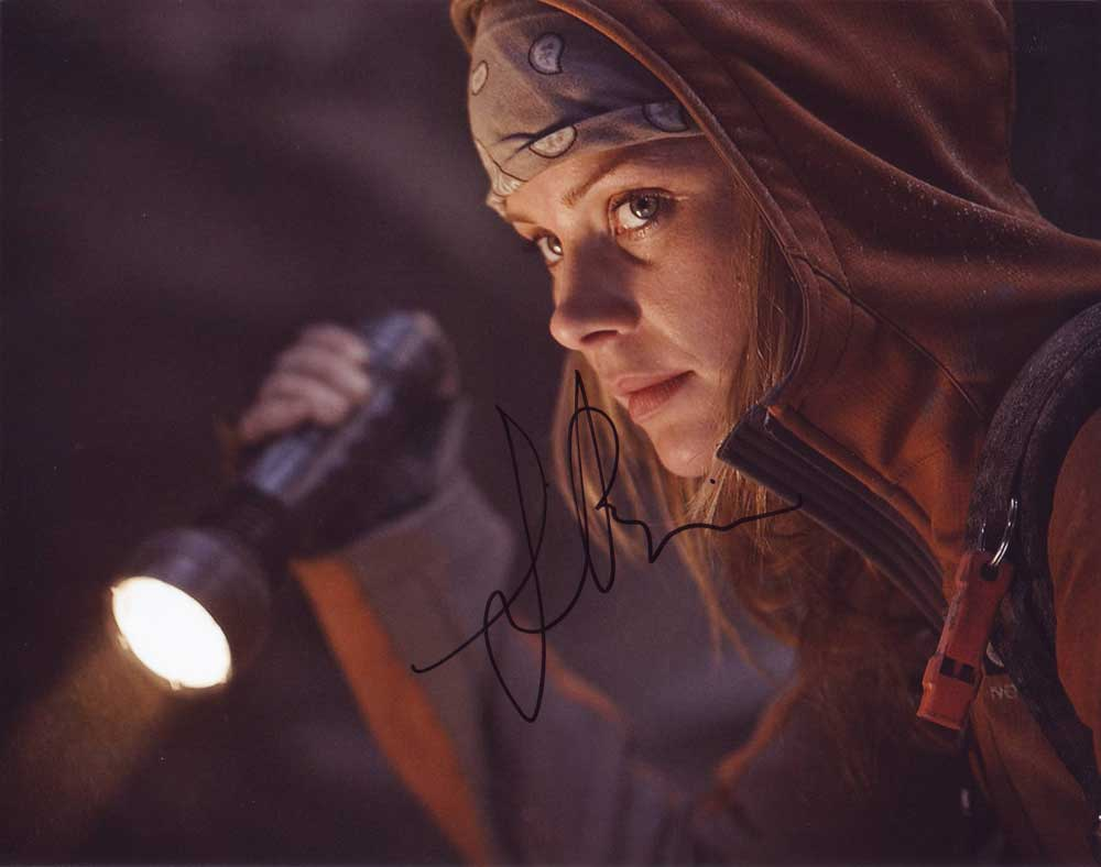 Anita Briem In Person Autographed Photo Journey To The Center Of The Earth