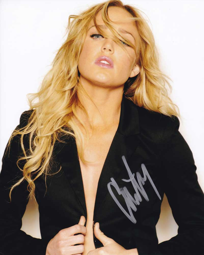 Caity Lotz in-person autographed photo