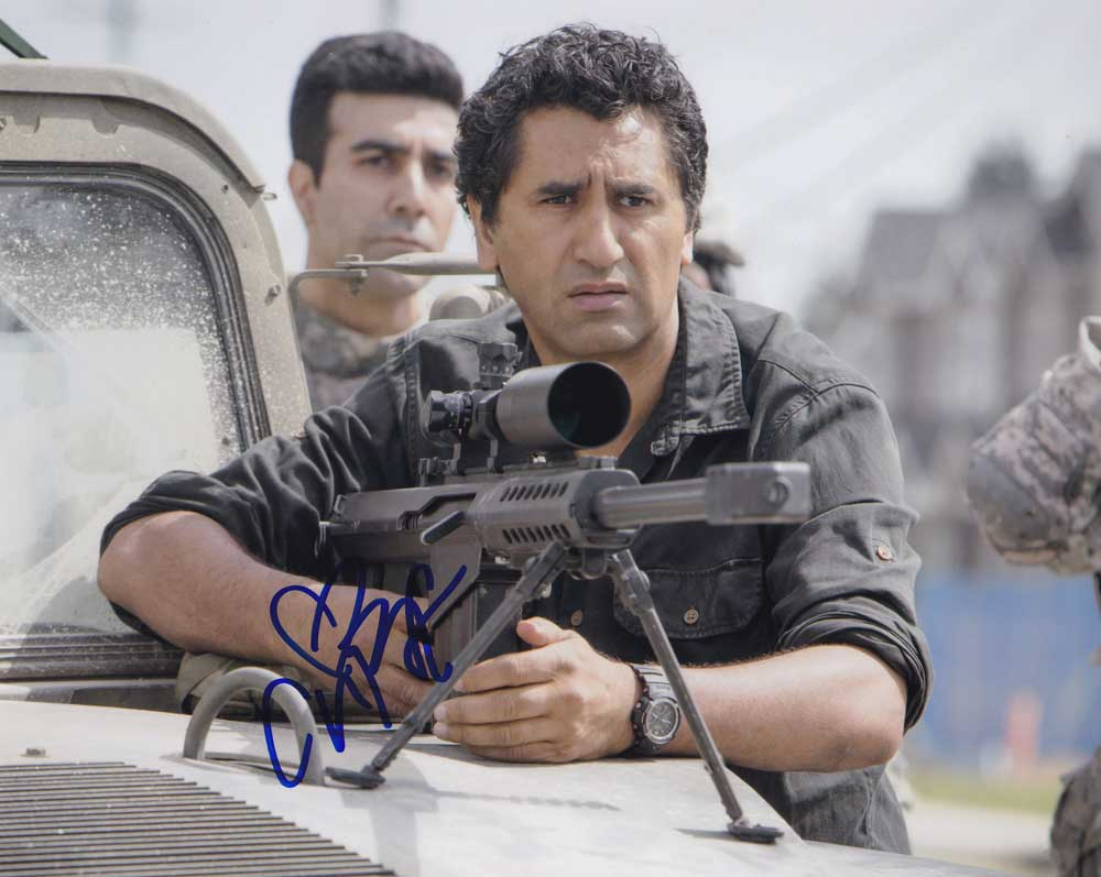 Cliff Curtis in-person autographed photo
