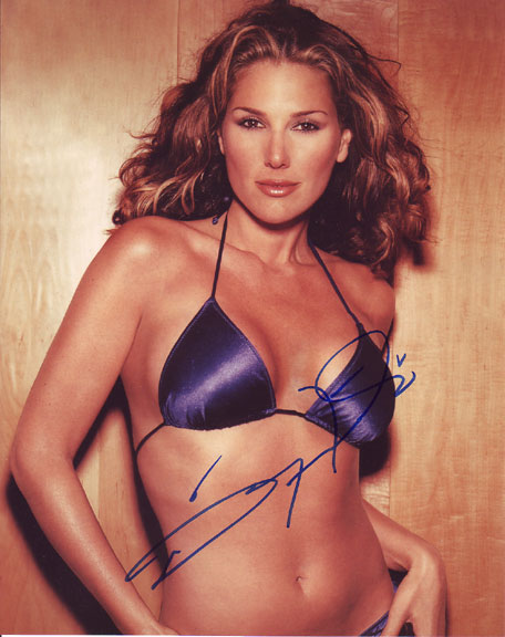 Daisy Fuentes autographed photo for sale