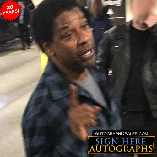 Denzel Washington in-person autographed photo