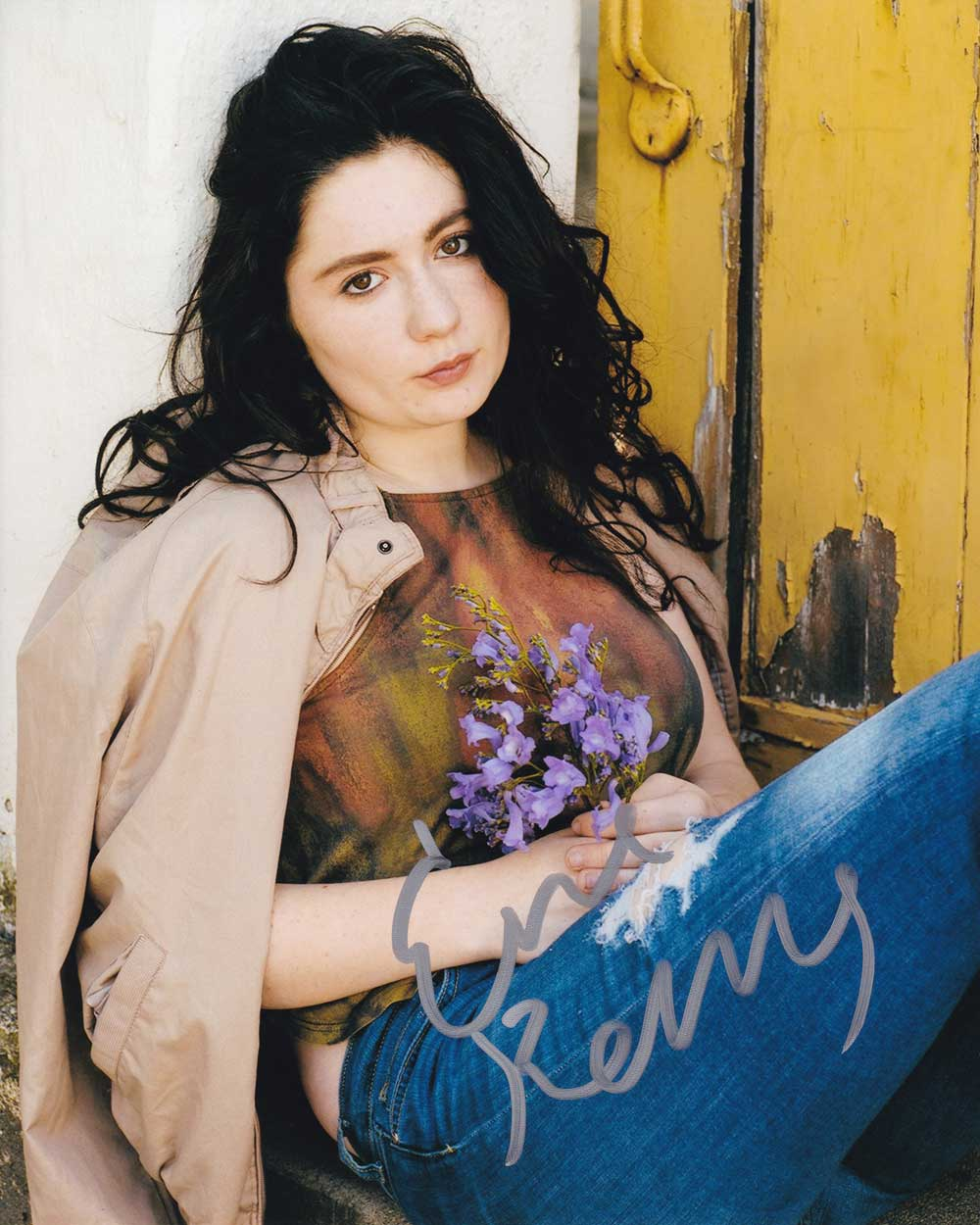 Emma Kenney in-person autographed photo