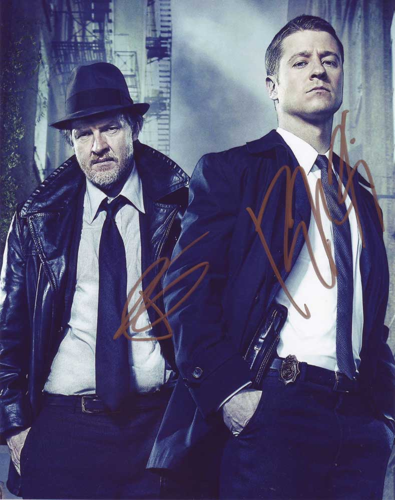 Gotham in-person autographed cast photo