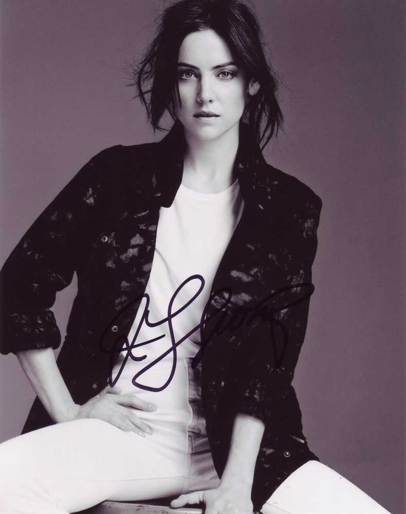 Jessica Stroup in-person autographed photo