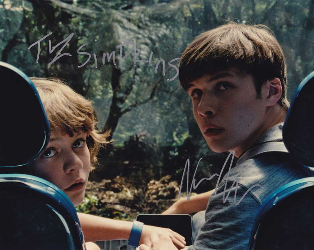 Jurassic World In-person autographed Cast Photo