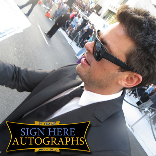 Karl Urban in-person autographed photo