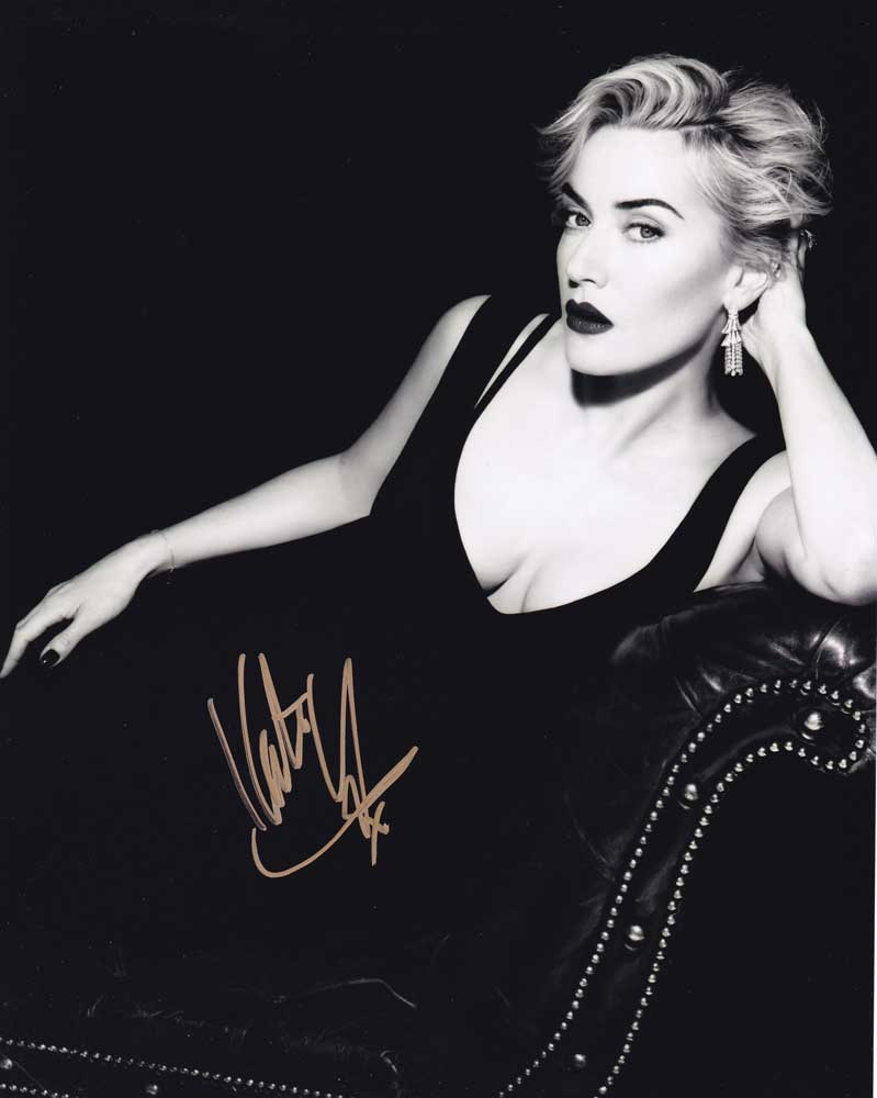 Kate Winslet in-person autographed photo