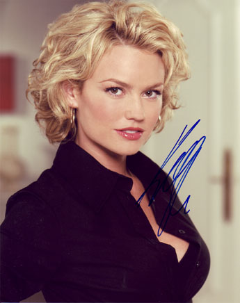 Kelly Carlson autographed photo for sale