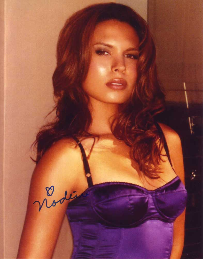 Nadine Velazquez in-person autographed photo