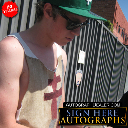 Niall Horan in-person autographed photo One Direction