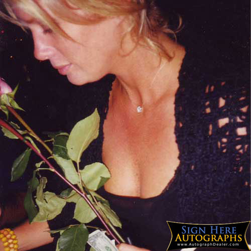 Rachel Hunter in-person autographed photo