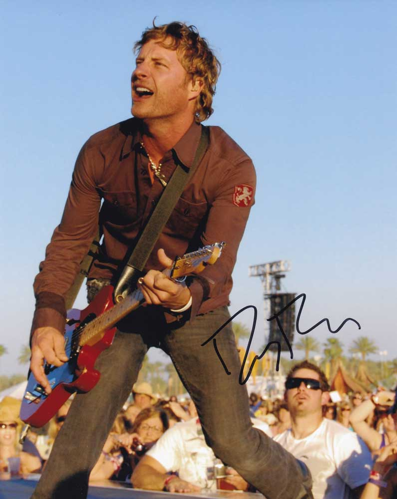 Dierks Bentley in-person autographed photo